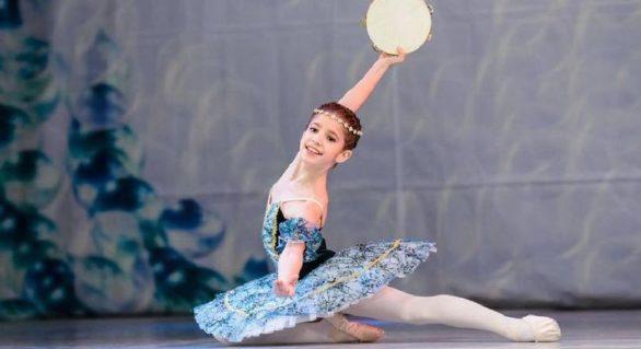 O balerină de 11 ani este forțată de autorități să plece din țară