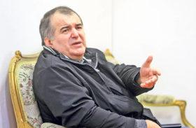 """Florin Călinescu va dezbate din nou """"Chestiunea zilei"""""""