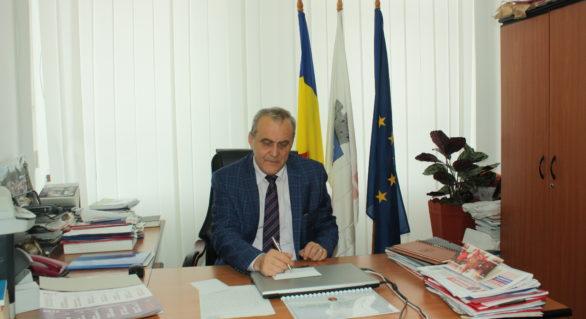 """Mafia """"piețarilor-pirați"""" sufocă transportul privat din Mioveni si Pitești"""