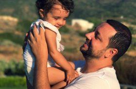 Cătălin Măruță a căzut pe scări cu fetița în brațe